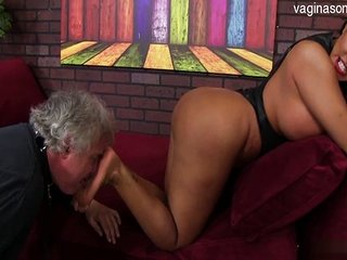Free HD Granny Tube Stripping